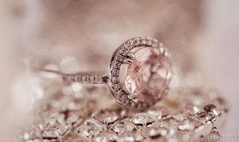 tips for selling a diamond ring