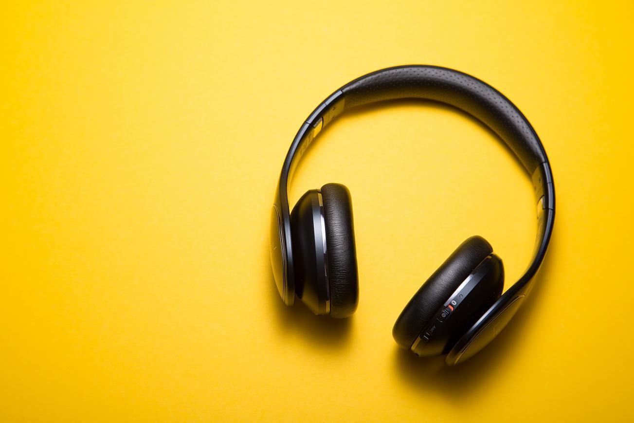 On-ear and Over-ear Music Headphones
